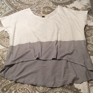 Free people oversized high low knit top. Small